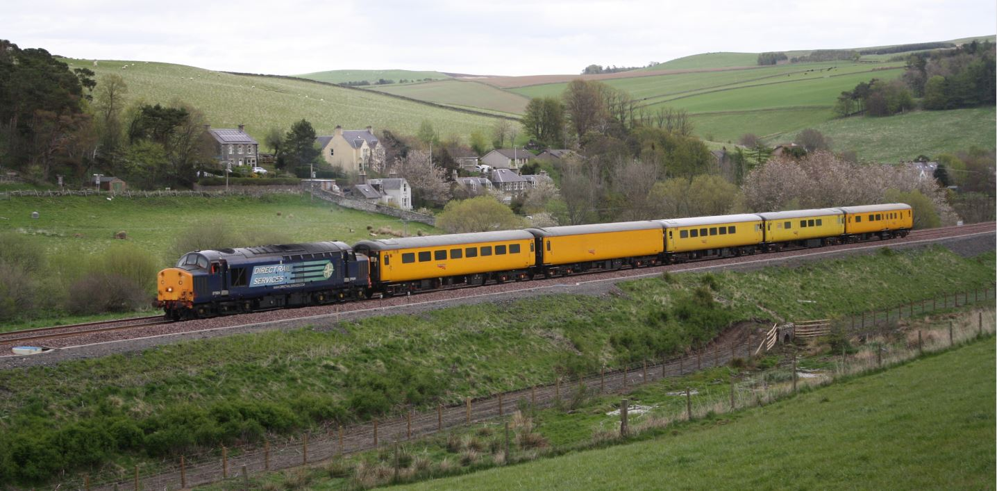 Borders railway test train in May 2015 - image 1
